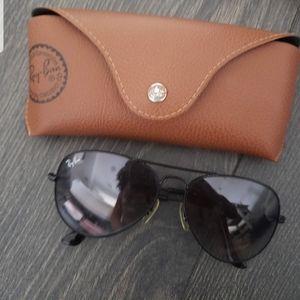 Ray Ban black polarized aviator sunglasses